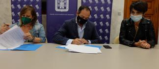 El Ayuntamiento renueva el convenio de colaboración en materia de acción social con  la Asociación Protectora de Animales de Tarazona (APATA)